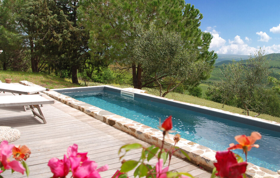 Private Pool in Garten des Ferienhauses monte cavallo in der Maremma