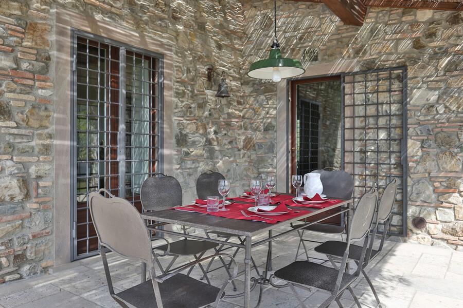 Auch die Außenbereiche unserer Ferienvilla bei Maremma zeichnen sich durch eine erstklassige Ausstattung aus