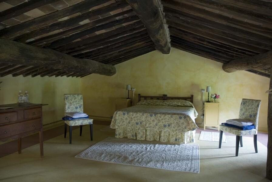 11 Doppelzimmer und 6 2-Bettzimmer sorgen für ausreichend Platz für große Gruppen für einen einmaligen Urlaub in der Toskana