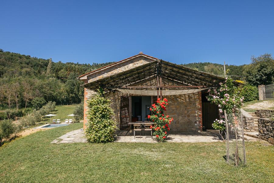 Kleines Steinhaus mit privatem Pool in Umbrien in Italien