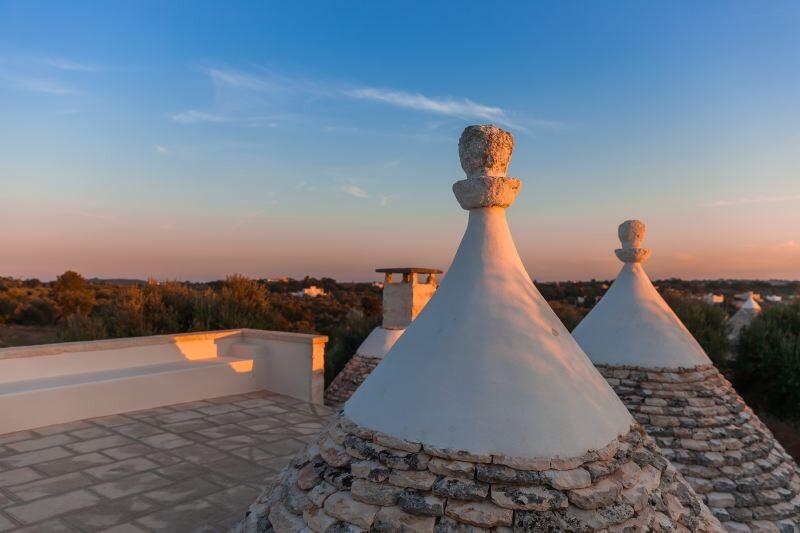 Konische Dächer des Trullo Silvano in Apulien