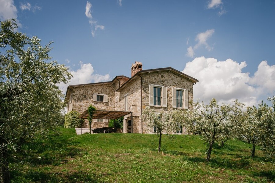 Ferienhaus in Umbrien inmitten eines Olivenhains