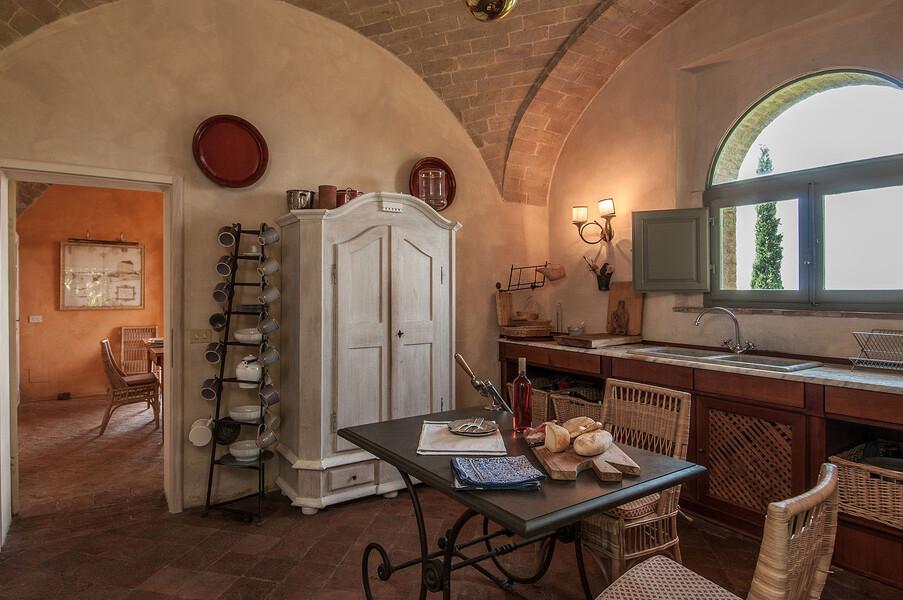 Die Küche im Ferienhaus Fontanelle kombiniert traditionelles Design mit moderner Technik